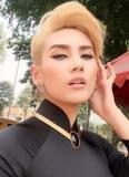 Hoàng Yến đẹp quyền lực với tóc bạch kim và áo dài đen