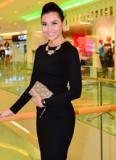 Bích Khanh diện váy đen quyến rũ dự sự kiện