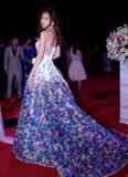 Hoa hậu Bikini Kim Yến 'gây nghiện' với chiếc váy cầu kỳ tại 'Đêm hội chân dài 9'