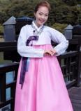 Minh Hằng xinh như mộng khi hóa thân thành gái Hàn