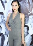 Hoa hậu Diệu Linh diện jumpsuit khoe 3 vòng gợi cảm