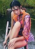 Nguyễn Oanh đẹp hút hồn giữa thiên nhiên thơ mộng
