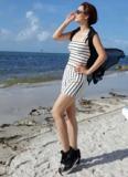 Mai Thu Huyền khoe dáng đẹp 'mướt mắt' trên biển