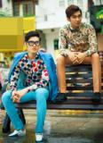 Hai nam mẫu sáng giá khoe phong cách lạ với áo hoa