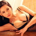 10 mẫu trẻ sở hữu vòng 1 'khủng' của Trung Quốc