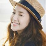 Ngắm Park Min Young nháy mắt dễ thương