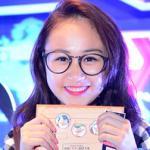 Con gái Thanh Lam tươi tắn đi xem phim hoạt hình