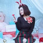 Hot girl Ông Như Ý lộng lẫy trong bộ ảnh Noel cực chất