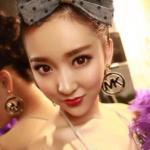 Nữ game thủ xinh đẹp 'đốn tim' đàn ông Trung Quốc