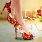 Mẹo nhỏ để tự tin khi đi giày cao gót