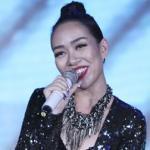 Thảo Trang tất bật chạy show dù đang thi cử
