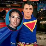 Chàng trai trải qua 23 ca phẫu thuật thẩm mỹ để trông giống siêu nhân