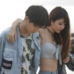 Quỳnh Anh Shyn tình tứ cùng 'trai lạ' trên biển