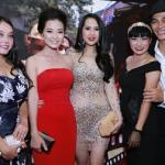 Khả Tú thanh lịch tỏa sáng giữa dàn sao Việt
