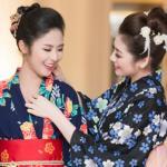 Ngọc Hân, Tú Anh thích thú học cách mặc kimono