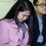 Hòa Minzy khóc nức nở, không muốn nhắc tên bạn trai