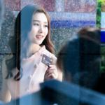 Vẻ đẹp chưa qua photoshop của Hoa hậu Đặng Thu Thảo trong hậu trường