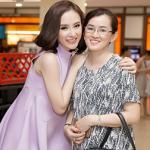 Mẹ Angela Phương Trinh không còn mặc cảm về con gái