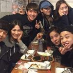 Song Hye Kyo tụ tập ăn uống cùng dàn diễn viên 'Hậu duệ mặt trời'