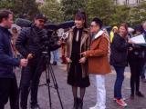 """Ngô Nhật Huy và Thúy Ngân được đài truyền hình Pháp """"săn đón"""""""