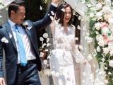 Siêu mẫu Ngọc Thúy hạnh phúc trong ngày tái hôn với chồng luật sư ở Mỹ