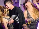 Mariah Carey để bồ tỷ phú vô tư 'sàm sỡ' vòng một tại hộp đêm