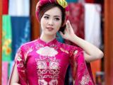 Thụy Vân đi chọn váy làm MC Hoa hậu Việt Nam 2016