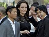 Angelina Jolie tiết lộ con trai nuôi gốc Việt lớn lên có thể làm nhạc sĩ