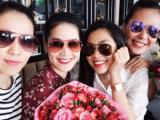 Tăng Thanh Hà trẻ đẹp cùng hội bạn thân mừng sinh nhật Thân Thúy Hà