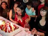 Hoa hậu Hà Kiều Anh xinh đẹp đón sinh nhật hoành tráng ở Mỹ
