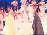 Diện quốc phục hoa sen bằng vàng 24k, Saila Nguyễn bất ngờ đạt danh hiệu Hoa hậu châu Á tại Mỹ
