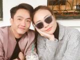 Cường Đô la và Đàm Thu Trang 'dính như sam' khi gặp bạn bè ở Hà Nội
