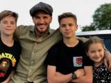 Tan chảy với những hình ảnh cực ấm áp của gia đình David Beckham trong 'Ngày của cha'