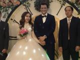 Diên viên 'Ngược chiều nước mắt' Hà Việt Dũng bí mật kết hôn cùng vợ mĩ nhân