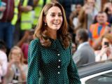 Công nương Kate Middleton bị đồn mang thai lần 4 giữa thông tin căng thẳng với em dâu Meghan Markle