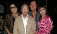 Danh hài Văn Chung đột ngột qua đời nơi đất khách ở tuổi 91