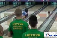 Cú ném bowling với quỹ đạo hình trái chuối