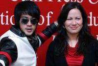Con gái Lý Tiểu Long phải chịu nỗi đau liên tiếp sau khi cha mất