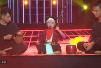 Cô bé 8 tuổi hóa thân nghệ Nhân Hà Thị Cầu hát xẩm khiến Hoài Linh thốt lên 'trên cả tuyệt vời'