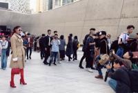 Hoa hậu Phạm Hương sành điệu khi xuất hiện ở Seoul Fashion Week