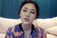 Văn Mai Hương livestream bức xúc trước việc bị fan Chi Pu chửi bới, dọa giết