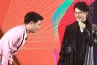 Trường Giang cúi đầu xin lỗi khán giả vì đọc sai tên Hà Anh Tuấn ở lễ trao giải Pops Awards 2017
