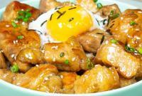 Ngon khó cưỡng với món cơm thịt heo sốt teriyaki kiểu Nhật