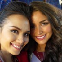 Những khoảnh khắc đẹp của Diễm Hương bên tân Miss Universe 2012