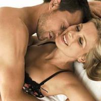 5 bí quyết giúp bạn nắm giữ chàng trên giường