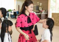 'Em gái mưa' Hương Tràm tích cực tập luyện cho thí sinh The Voice Kids