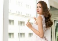 Phạm Hương được mời làm vedette tại tuần lễ thời trang ở Dubai