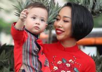 Ca sĩ Thảo Trang và con trai diện áo dài dạo phố ngày xuân