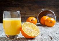 Các nhà khoa học khuyên bạn nên để nước cam trong tủ lạnh rồi mới uống, lý do tại sao?