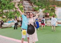 Lâm Khánh Chi và chồng trầm trồ khi tới tham quan nhà tỉ phú giàu nhất Thái Lan